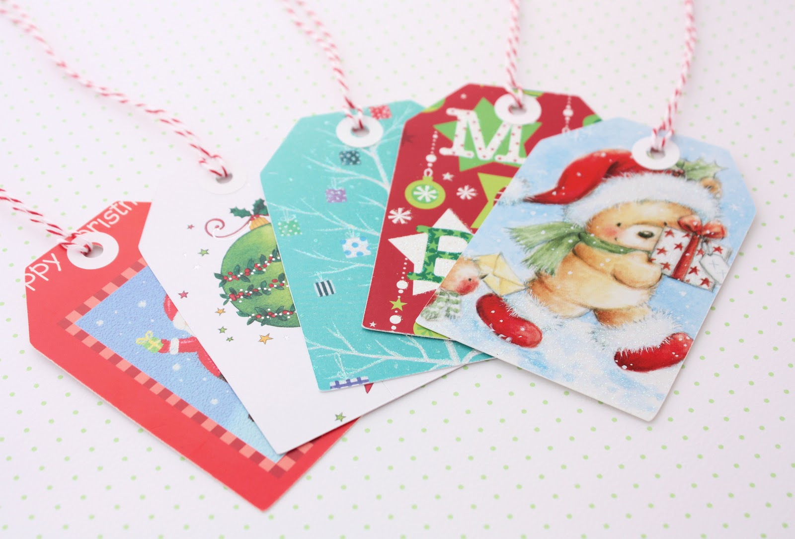 12 Creative Ways To Recycle Your Christmas Cards! | I\'m Good