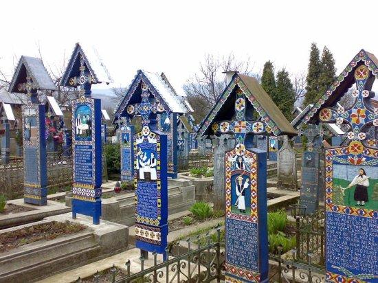 happy-cemetery-1