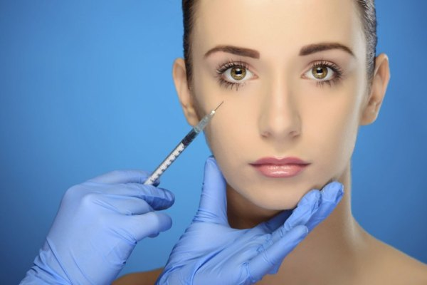 Facelift-Cosmetic-Surgery-in-Dubai-UAE-United-Arab-Emirates-1024x683